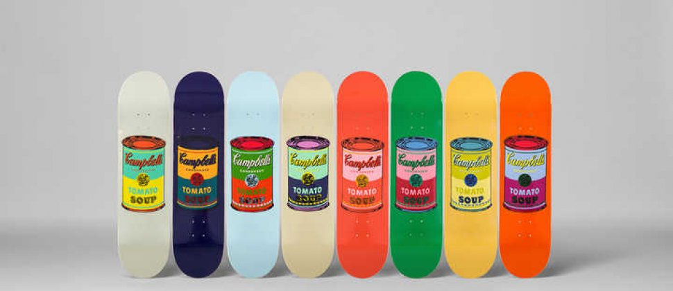 Andy WARHOL   Set of 8 Coloured Cambell's Soup cans, Siebdruck auf Skateboard, 8mal 80 x 20 cm