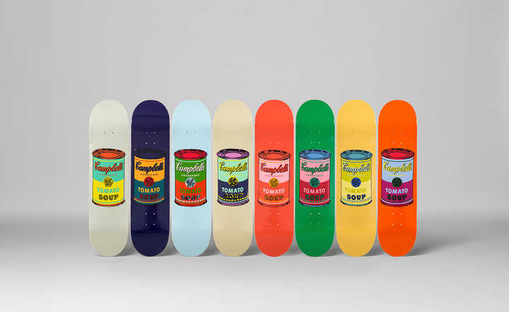 Set of 8 Coloured Cambell's Soup cans, Siebdruck auf Skateboard, 8mal 80 x 20 cm